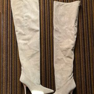 New Yeezy Thigh High Suede boots size 38